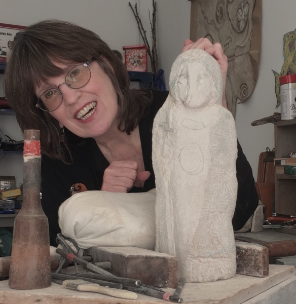 Laura Travis Carving profile
